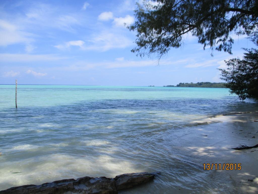 Elouae island mussau